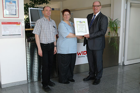 Cérémonie de remise du certificat d'ISO en 2015