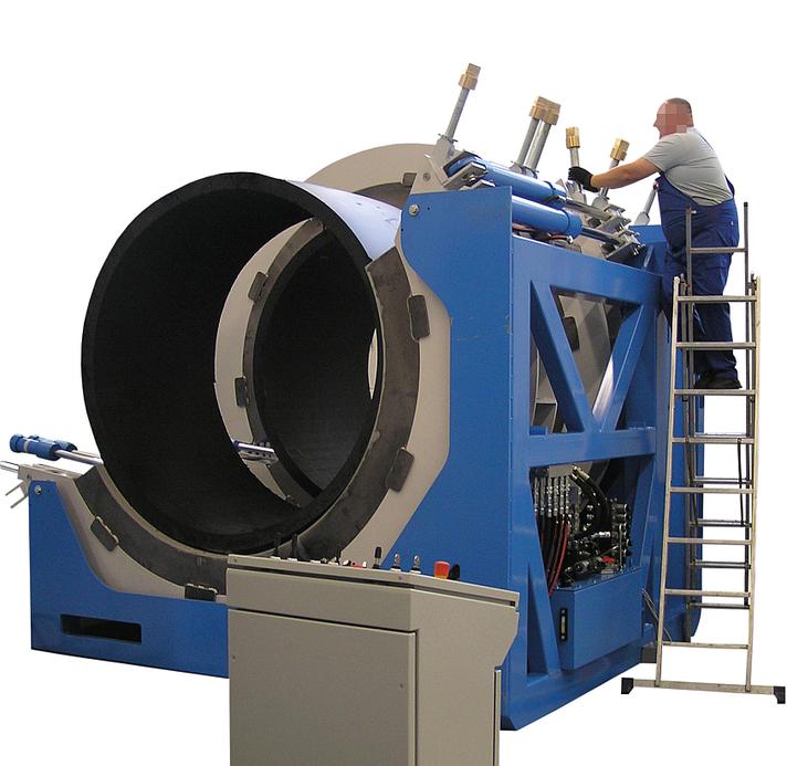 Machine de soudage plastique chantier jusqu'au DE 2400 mm